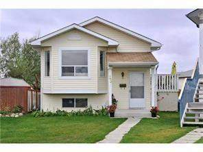 Applewood Park Detached home in Calgary