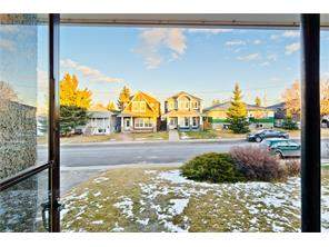 1611 40 ST Sw, Calgary, Detached homes