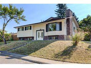 720 Rundleside DR Ne, Calgary, Detached homes