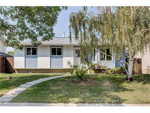 224 Pinemill RD Ne, Calgary, Pineridge Detached