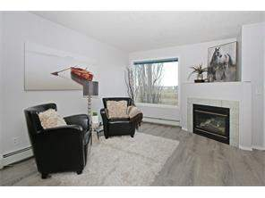 1206 Valleyview Pa Se, Calgary, Dover Apartment