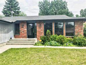 44 Glenwood Pl, Cochrane, Detached homes