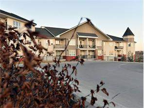 #305 26 Val Gardena Vw Sw, Calgary, Apartment homes
