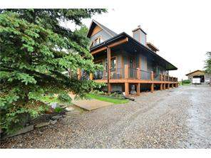 Cochrane Lake Detached home in Rural Rocky View County
