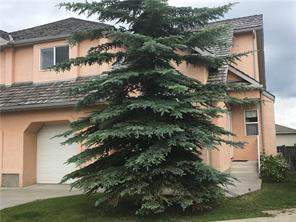 #20 26 Quigley Dr, Cochrane, West Valley Attached