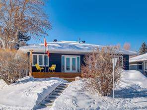 Detached Hounsfield Heights/Briar Hill Calgary Real Estate Listing