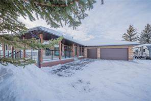 Detached Bearspaw_Calg Rural Rocky View County Real Estate Listing