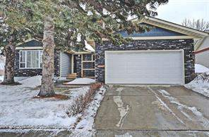 584 Woodpark Bv Sw, Calgary, Detached homes
