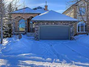 19 Strathlea Gr Sw, Calgary, Detached homes