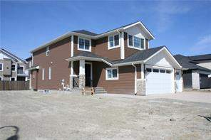 34 Lakes Estates Ci, Strathmore, Detached homes