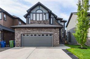 728 Coopers Sq Sw, Airdrie, Detached homes Listing