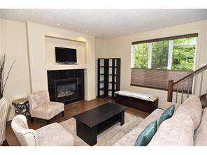 #201 449 20 AV Ne, Calgary, Attached homes