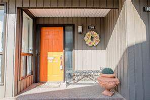 #1109 3240 66 AV Sw, Calgary  T3E 6M5 Lakeview Village