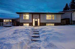 6256 Silver Springs Hl Nw, Calgary, Silver Springs Detached