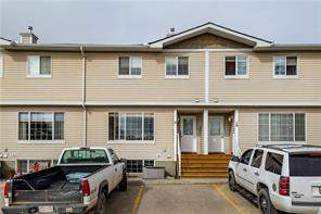 #9 304 Ross Av, Cochrane  East End homes for sale