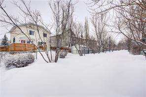 6 Douglas Glen Gr Se, Calgary, Detached homes