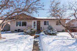 340 Manora RD Ne, Calgary  T2A 4R6 Marlborough Park
