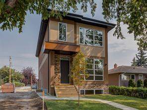 Detached Winston Heights/Mountview Calgary Real Estate Listing
