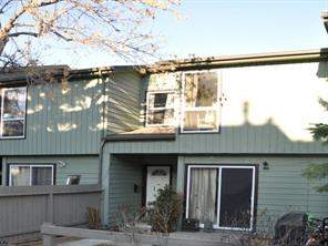 #32 420 Grier AV Ne, Calgary  T2K 5X6 Greenview