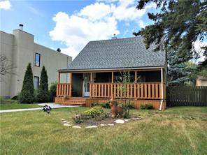 Regal Terrace 917 Russet RD Ne, Calgary, Renfrew Detached