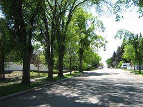 536 8th ST Sw, High River, Land homes