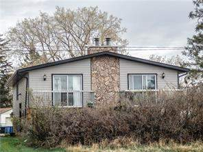 7006b Bowness RD Nw, Calgary