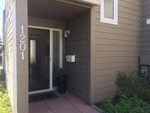 #1201 829 Coach Bluff CR Sw, Calgary