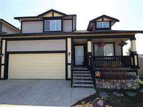 145 Luxstone RD Sw, Airdrie  Listing