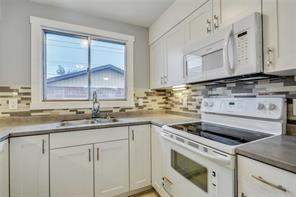 52 Marbank WY Ne, Calgary  T1A 4A2 Marlborough