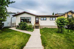 5609 43st Cl, Olds  Olds homes for sale