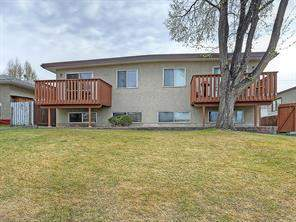 2434 41 ST Se, Calgary  T2B 1E1 Forest Lawn