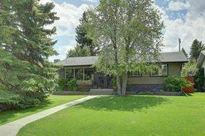 2611 Lougheed DR Sw, Calgary  T3E 5T7 Lakeview