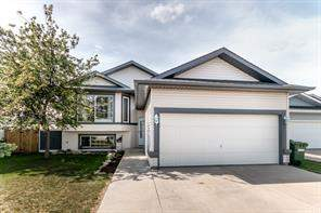 124 Willowbrook CL Nw, Airdrie