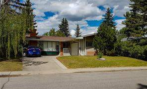 2520 Cherokee DR Nw, Calgary  Charleswood homes for sale