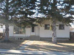 1735 Valleyview RD Ne, Calgary  T2E 6G2 Vista Heights
