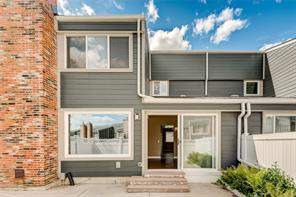 #52 228 Theodore PL Nw, Calgary  Thorncliffe homes for sale