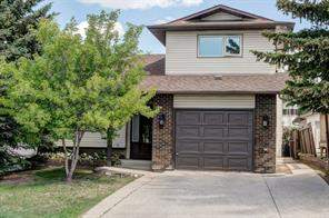 15 Beddington CR Ne, Calgary  T3K 1N3 Beddington Heights