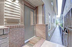 #1 1924 28 ST Sw, Calgary  Open Houses