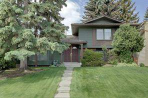 27 Lake Lucerne CL Se, Calgary  T2J 3H7 Lake Bonavista Estates
