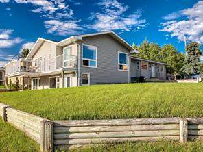 1728 8 AV Ne, Calgary  T2E 0S8 East Mayland Heights