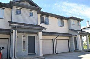125 Everridge Gd Sw, Calgary  T2Y 0G8 Evergreen