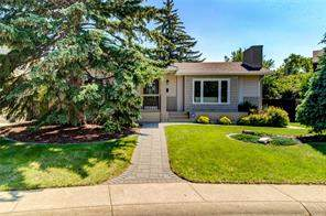 115 Lake Adams CR Se, Calgary  T2J 3N2 Lake Bonaventure