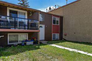 #4 4528 75 ST Nw, Calgary  T3M 2M9 Bowness