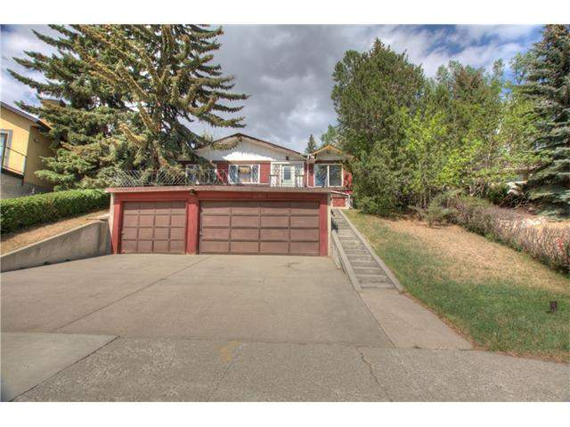 MLS® #C4085847 - 10 Hawthorne CR Nw in Hounsfield Heights/Briar Hill Calgary
