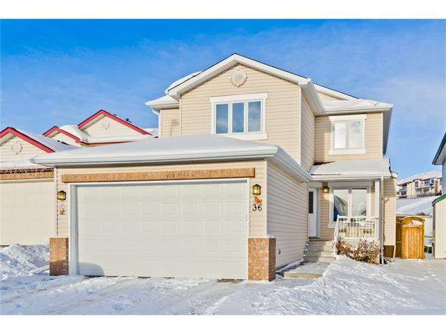 MLS® #C4092912 - 36 Arbour Crest RD Nw in Arbour Lake Calgary