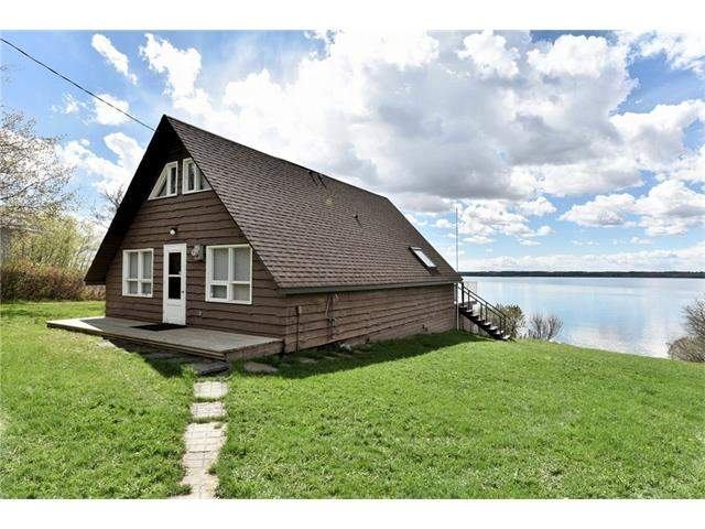 MLS® #C4129608 - 743 Elk St in Lake Area Sylvan Lake, Detached