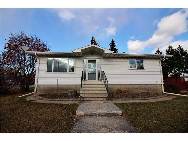 MLS® #C4145552 - 303 Essex Ps in None Carbon, Detached