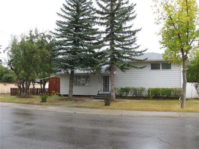 Chinook Park real estate 7812 Churchill DR Sw, Calgary