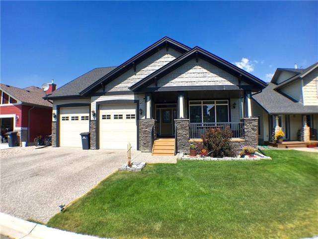 Hampton Hills real estate listings 622 Hamptons PL Se, High River