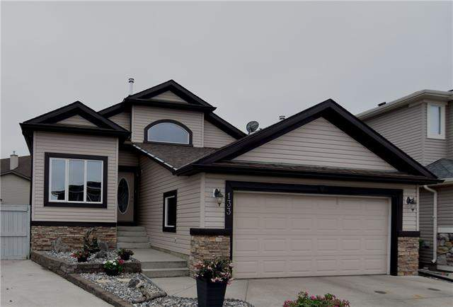 Thorburn real estate listings 133 Tanner CL Se, Airdrie